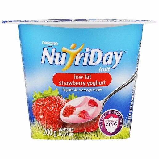 NUTRIDAY FRUIT YG LFAT STRWBRR 200GR